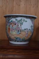 Nagyméretű, famille rose kínai porcelán. Kantoni stílus.