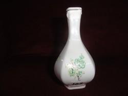Hollóházi porcelán váza, 12 cm magas (hatszögletű)