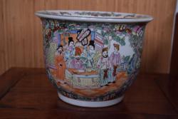 Különleges kínai porcelán, kantoni stílus.