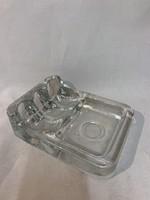 Üveg pipa hamutartó