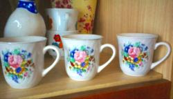 Kínai rózsás porcelán bögre, 3 db hibátlan és szép együtt