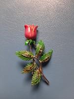 Tűzzománc rózsa kitűző markazit berakással