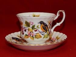 Royal Albert erdei madár sorozat sárgarigó tagja, teás szett