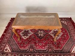 Barokk-chippendale dohányzóasztal