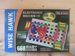 Wisw Hawk electronic bricks 668