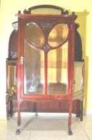 Vitrin mahagóni politúrozott szecessziós  restaurált
