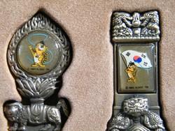 Olimpiai emlékkanalak bronzból (1988 Szöul) dobozban