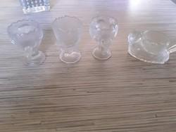 Pofås kis főtt tojás tartók üvegböl