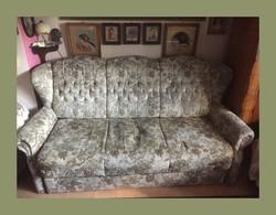 3 személyes, ágyazható füles kanapé