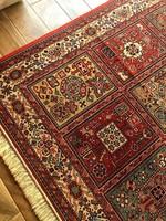 Gyönyörű gyapjú perzsa szőnyeg 200x310-cm