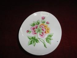 Hollóházi porcelán dísztál, ovális forma, virágmintás, mérete 12,5 x 10,5 cm.