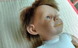 By Llorens élethű fiú baba .