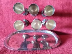Röviditalos  ezüstözött  6 pohár tálcán   jelzett készlet