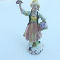 Kézzel festett, jelzett GDR porcelán figura