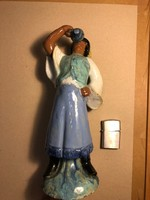 Ivó legény kerámia szobor