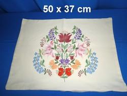 80ea97953a Szép állapotú kézzel hímzett kalocsai mintás párnahuzat díszpárna huzat 50 x  37 cm ...