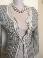 Chanel stílusú tweed(?) kosztüm felso ezustszurke bézs 36/38