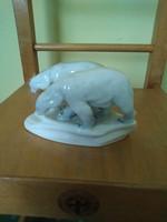 Zsolnay jegesmedvepár.