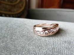MORGANIT luxus és egyedi drágaköves gyűrű