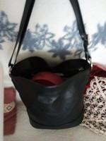 Excluzív gyönyörű nagyobb méretű eredeti Giudi válltáska kézi táska 35x30x15 legfinomabb borjúbőr