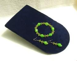 Bizsu ékszer szett Zöld karkötő és fülbevaló