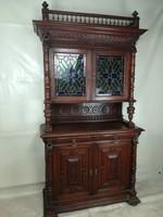 Antik ólomüveges vitrin-tálaló