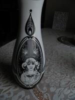 Hollóházi női arcok váza