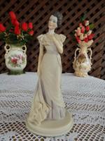 Capodimonte hölgy szobor , nipp By Belcari  Dear 1990