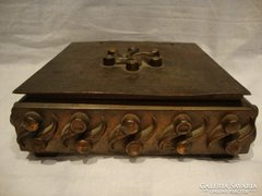 Retro iparművész bronz doboz