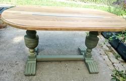Tömör tölgyfa asztal faragott lábbal