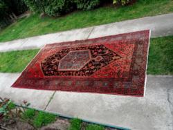 Iráni kézi csomózású szőnyeg  263 x 146 cm