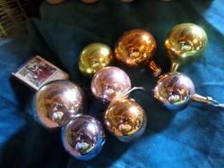 8 db retro karácsonyfadísz egyben . 3,5 -4,5 -5 cm -esek .