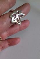 Nagyon dekoratív ezüst gyűrű