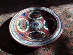 Díszes kerámia falitál, mediterrán stílusú dísztál dísztányér, festett iparművészeti tál, tányér