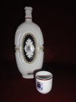 Hollóházi porcelán pálinkás üveg + 1 db kupica (nemzeti szín)