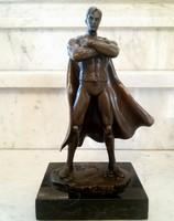 Superman bronz szobor
