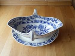 Régebbi csehszlovák hagymamintás porcelán szószos kínáló