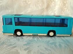 BISON busz