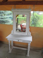 Konzol  asztal  tükörrel