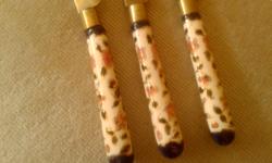 3 db antik fajansz nyelű kés (Zsolnay?)