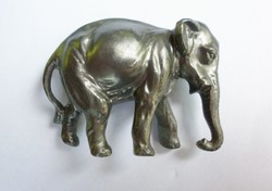 Elefánt fém dísztárgy  210.