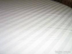 Csodaszép antik fehér damaszt ágynemű garnitúra
