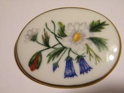 Virágos porcelán bross, kitűző