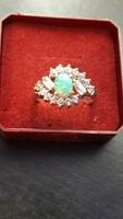 Ezüst gyűrű opál kővel újszerű
