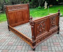 Reneszánsz ágy