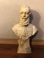 Kossuth Lajos régi mellszobra