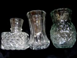 3 pici váza egyben
