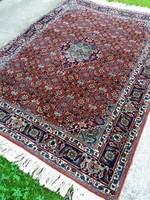 Hibátlan, címkézett, plombázott, iráni Bidjar szőnyeg