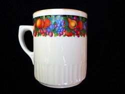 Gyümölcs mintás Zsolnay csésze 221.