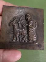5x5 cm-es kis , bronzkép , talán doboztetőről .